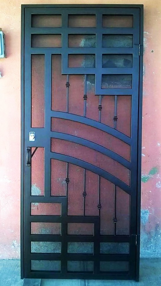 Решетка для двери сварная РДC - 003